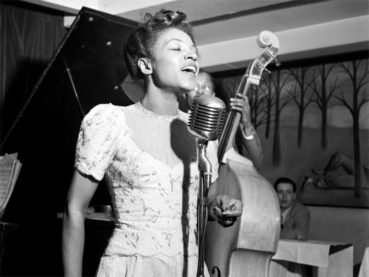"""Maxine Sullivan, una delle prime interpreti di """"Every Time We Say Goodbye"""""""