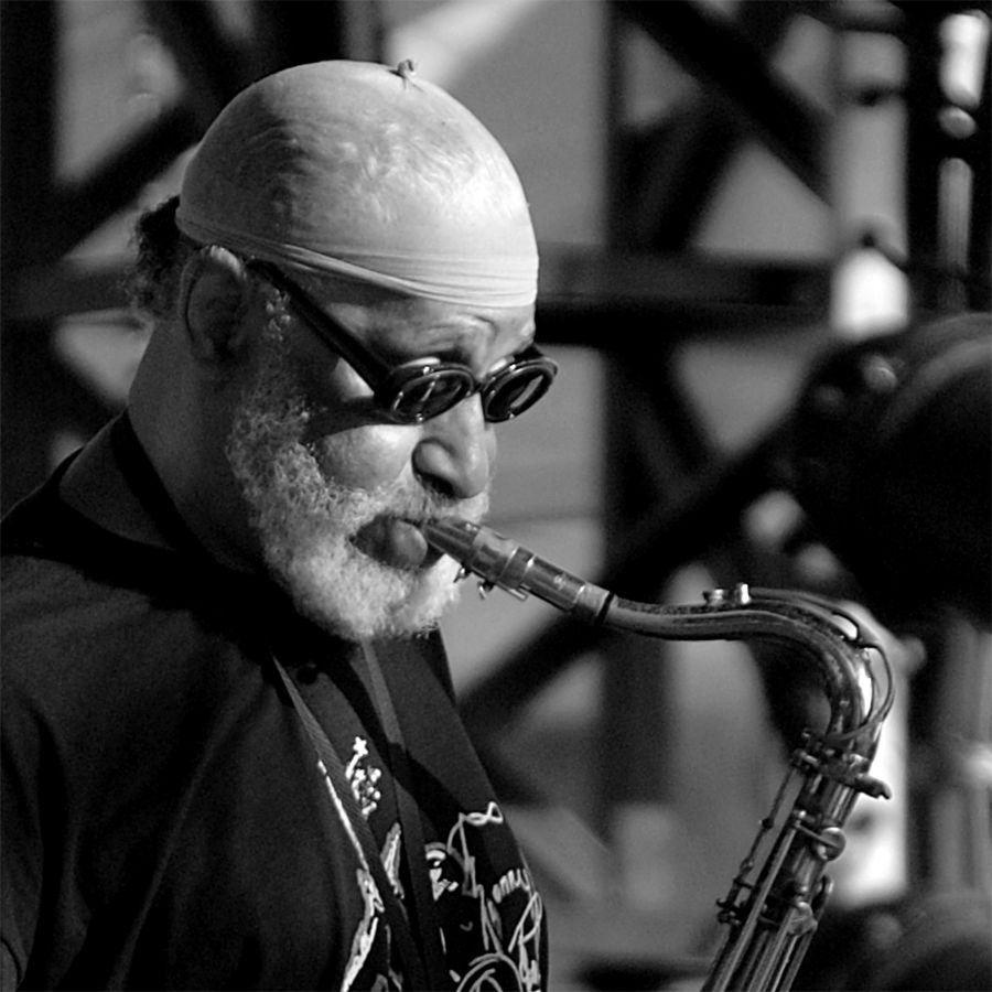 Sonny-Rollins-plays-Tenor-Madness