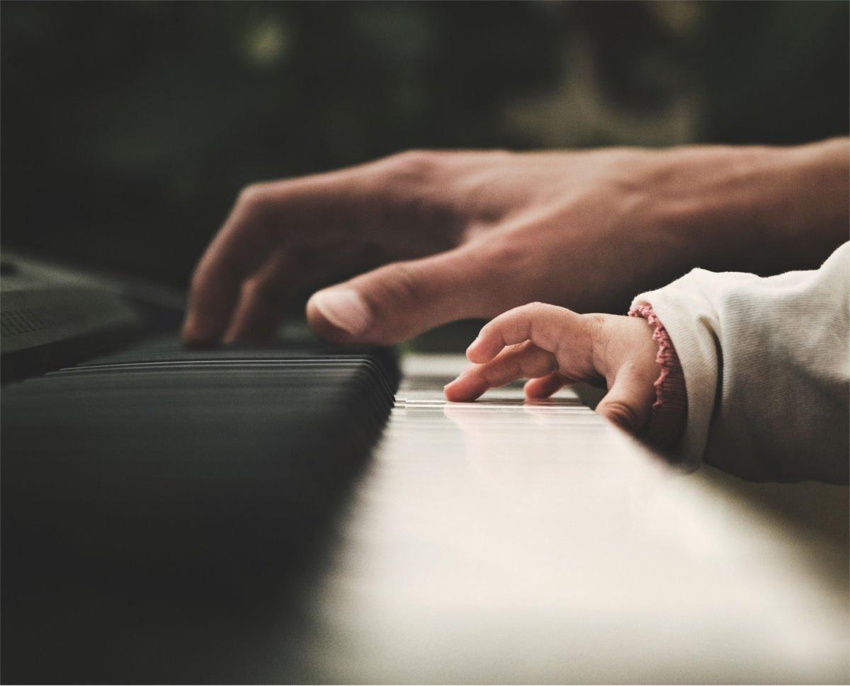 iniziare-a-suonare-il-pianoforte-da-adulti